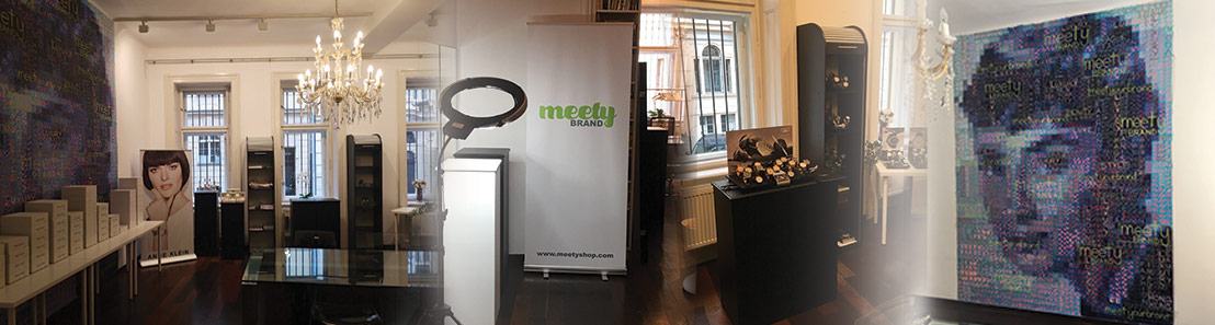 banner meetybrand showroom